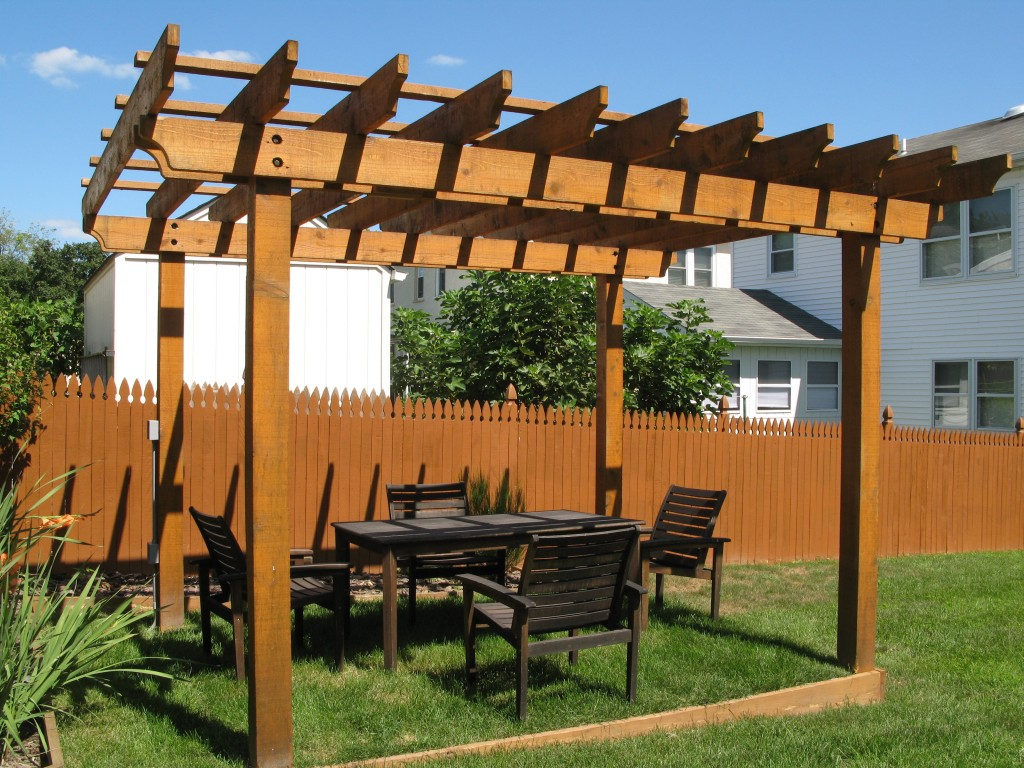 the perfect pergola how to plan and post. Black Bedroom Furniture Sets. Home Design Ideas