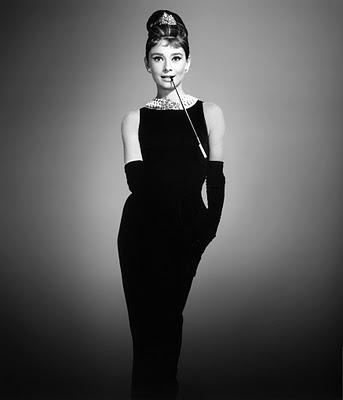 Audrey-Hepburn-Breakfast-at-Tiffanys-Givenchy-Dress-126