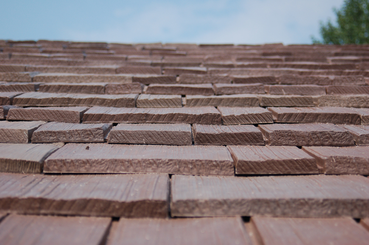 Buying a new roof davinci roofscapes rocks the ridge for Bellaforte shake