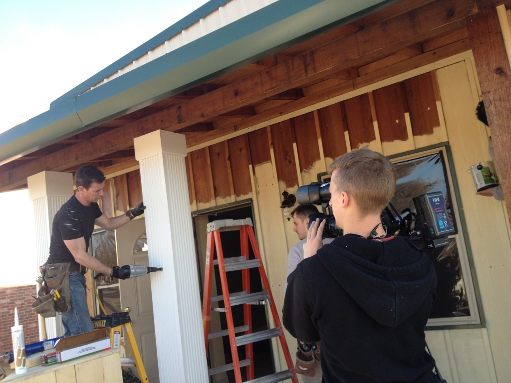 Mark installs Fypon column wraps at Lori's for Save My Bakery on Food Network -- MyFixitUpLife