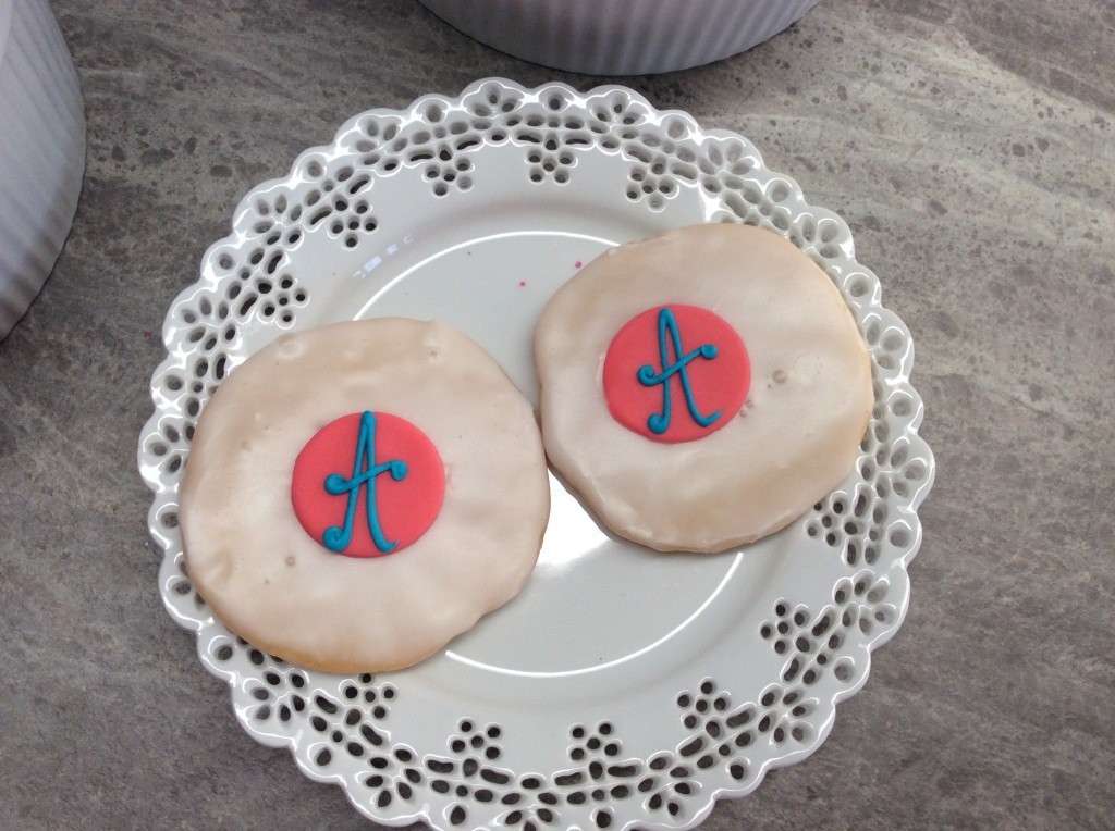 New custom decorated treats for Ann's Bakery created by Kerry Vincent and Save My Bakery