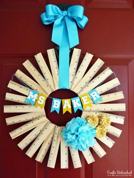 & Back-to-school door decorations that we love