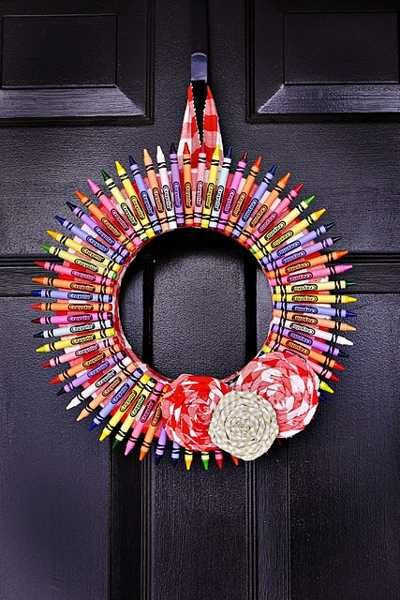 Good September 2014 Lushome Crayon Wreath MyFixitUpLife
