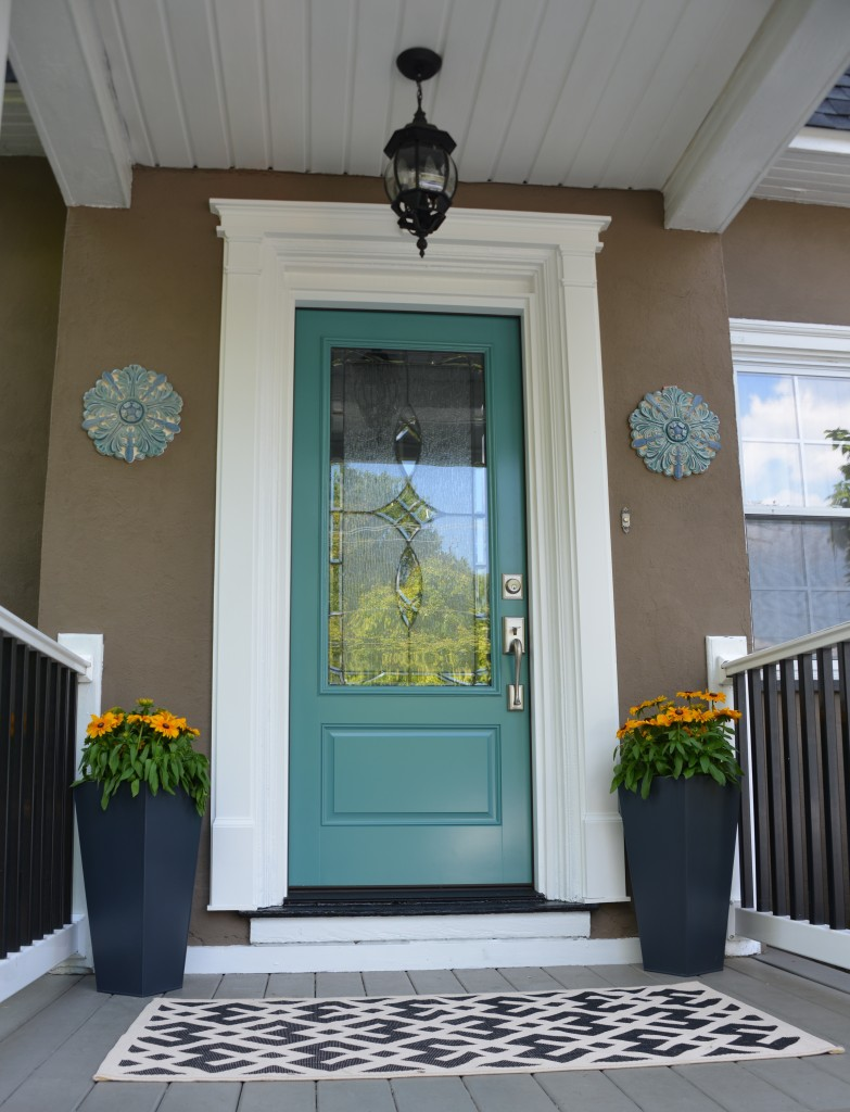 front door colors are that powerful? yes, so choose that color wisely.