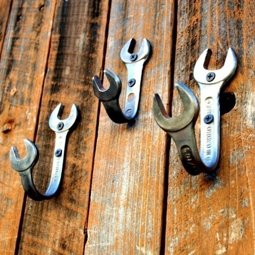... Bathroom Man Cave. Upcycling Tools As Wall Hooks