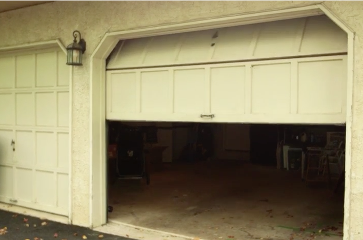 5 Simple Diy Tricks For Fixing A Garage Door