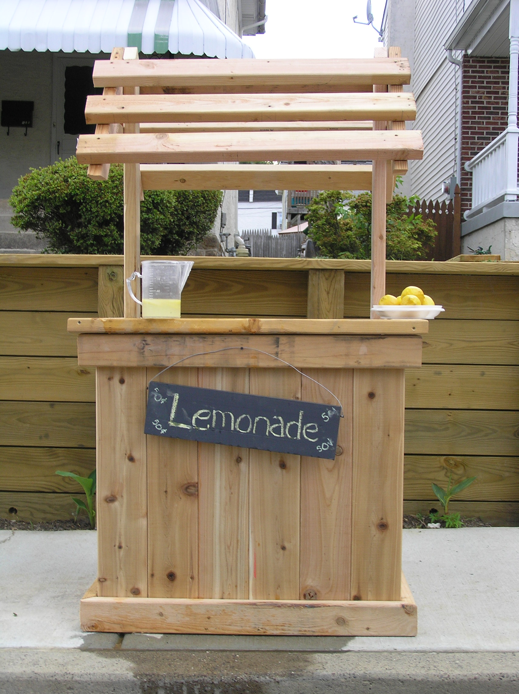 Build the perfect lemonade stand with your kids for How to build a lemonade stand on wheels