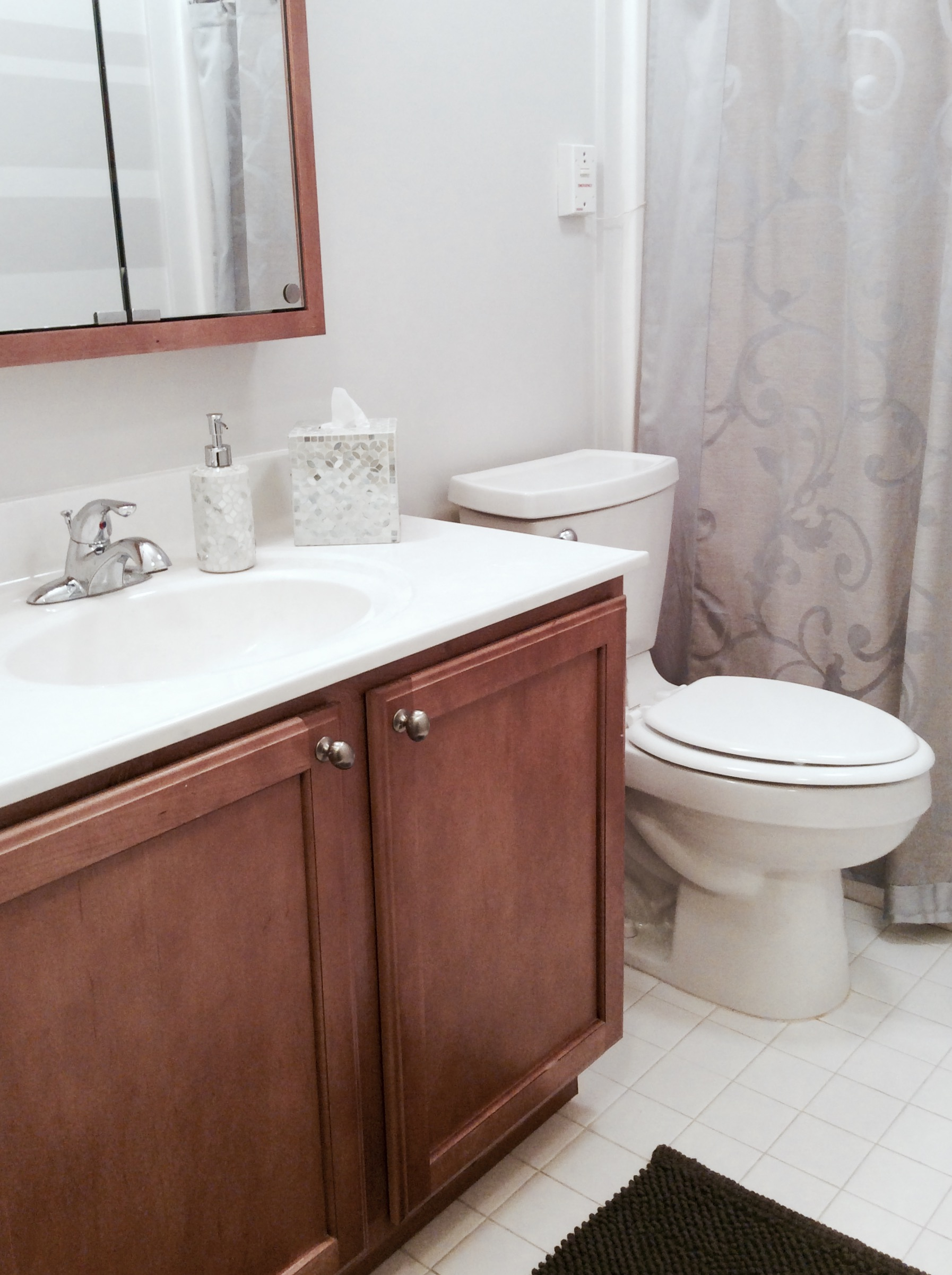 Glamourized a small bathroom makeover for my mom for Small bathroom makeovers