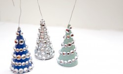 Liz Latham inspired these little tree ornaments during our live DIY on blab.