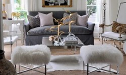 Living room with personality. Mixing metals can be lush and luxe. Spotted from Leigh-Ann Allaire Perrault