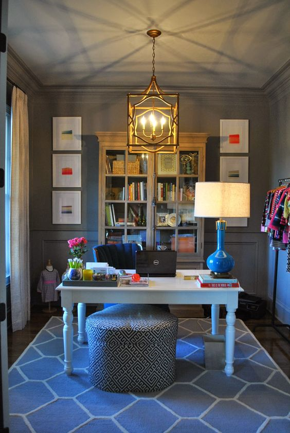 Use the power of color to make your home office hours more How to decorate a home office