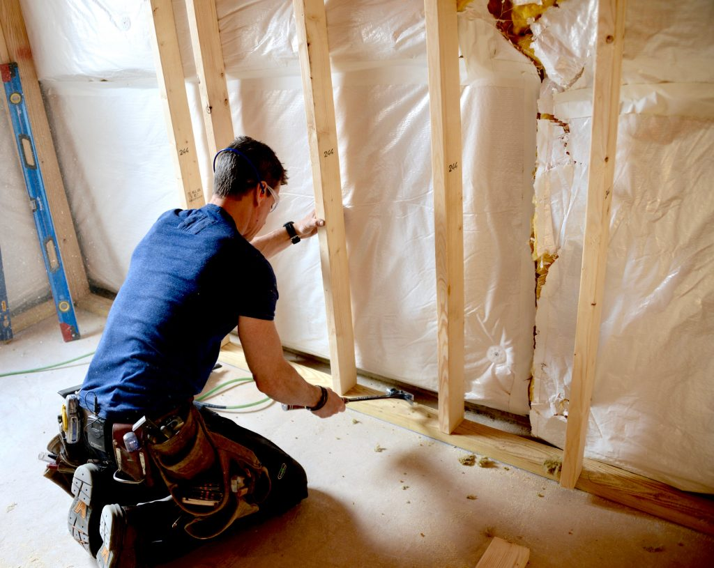 how to build a wall wood framing and basement remodeling