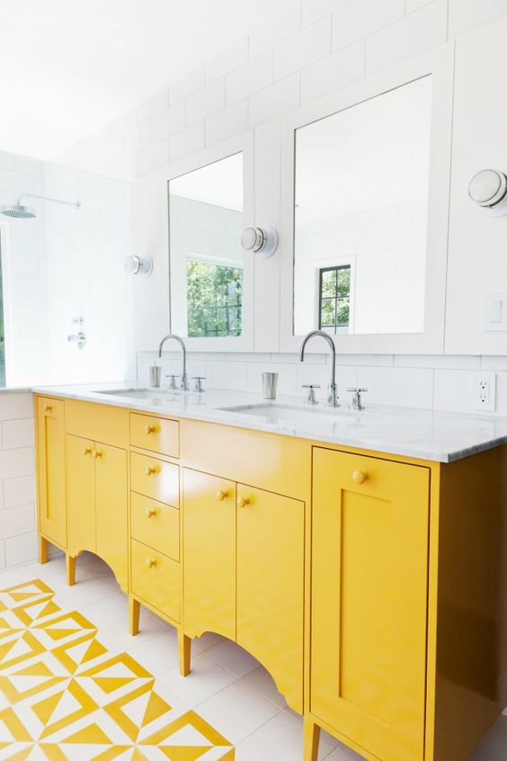 Yellow and white can cheer up a morning bathroom.
