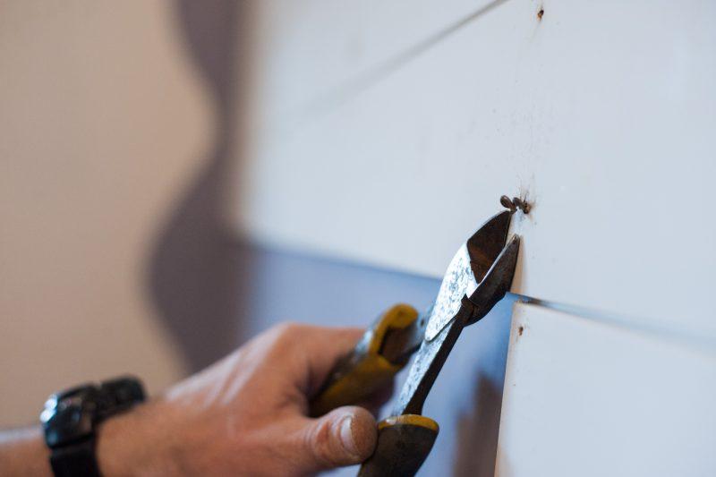 Living room makeover + DIY: Install shiplap wall trim on
