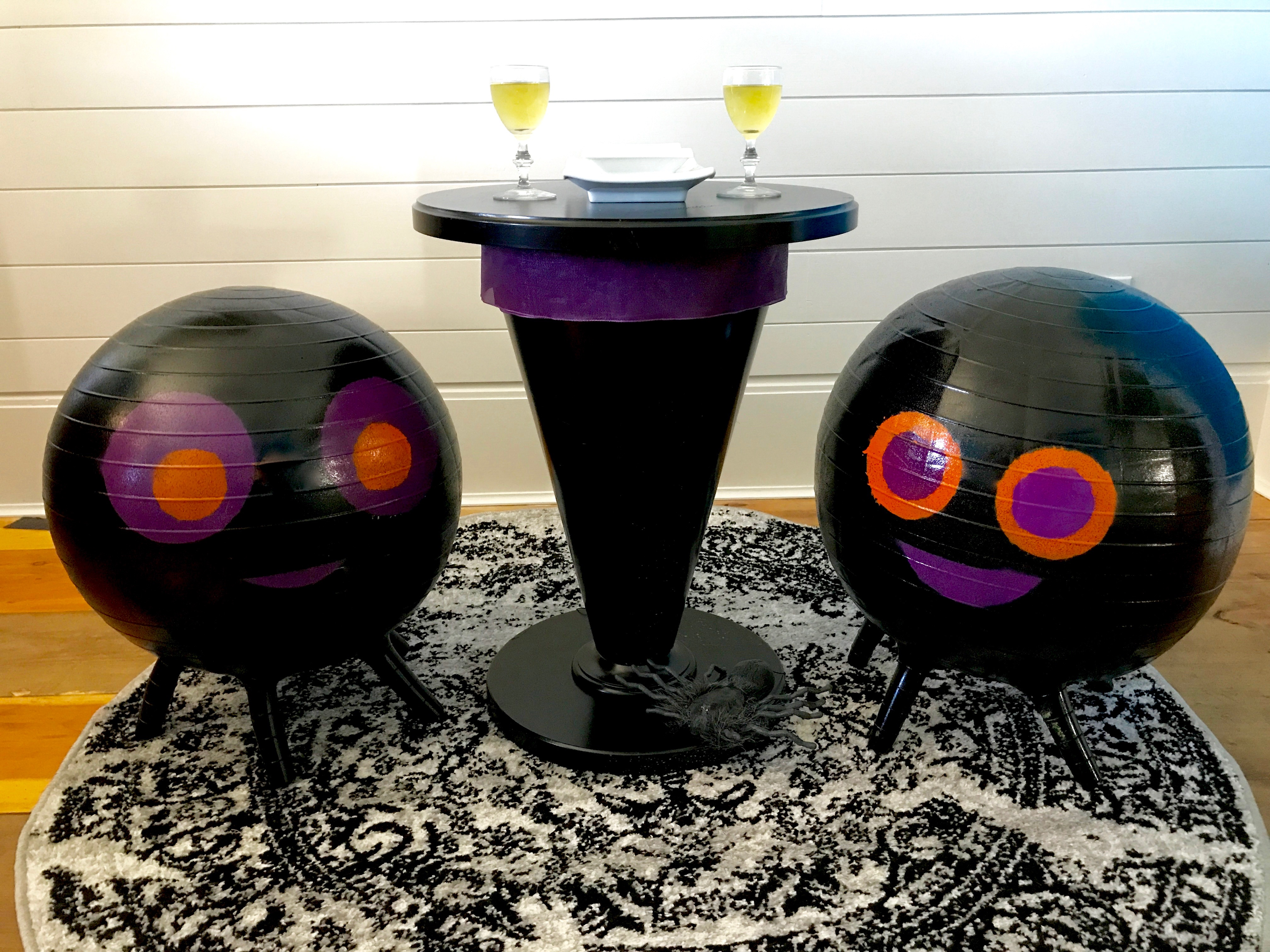 After Clement_MyFixitUpLife_Krylon_Halloween balls witch table